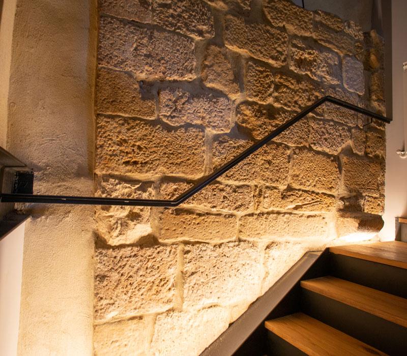 Detalle escaleras La Casa de los Mil Años