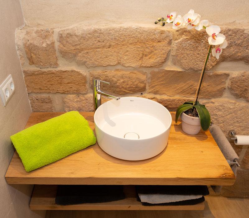Detalle baño La Casa de los Mil Años