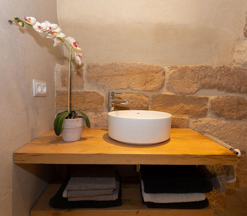 Baño alojamiento La Casa de los Mil Años
